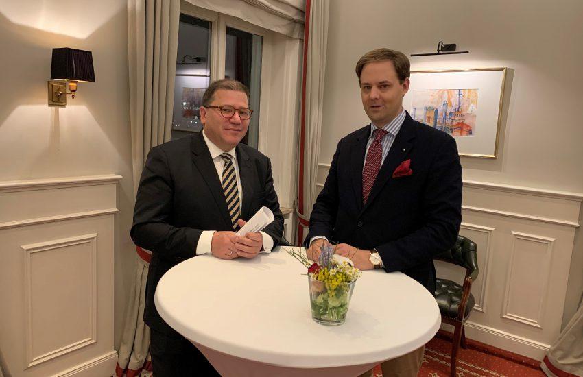Prof. Dr. Günther Strunk mit Dr. Marco Henry Neumueller