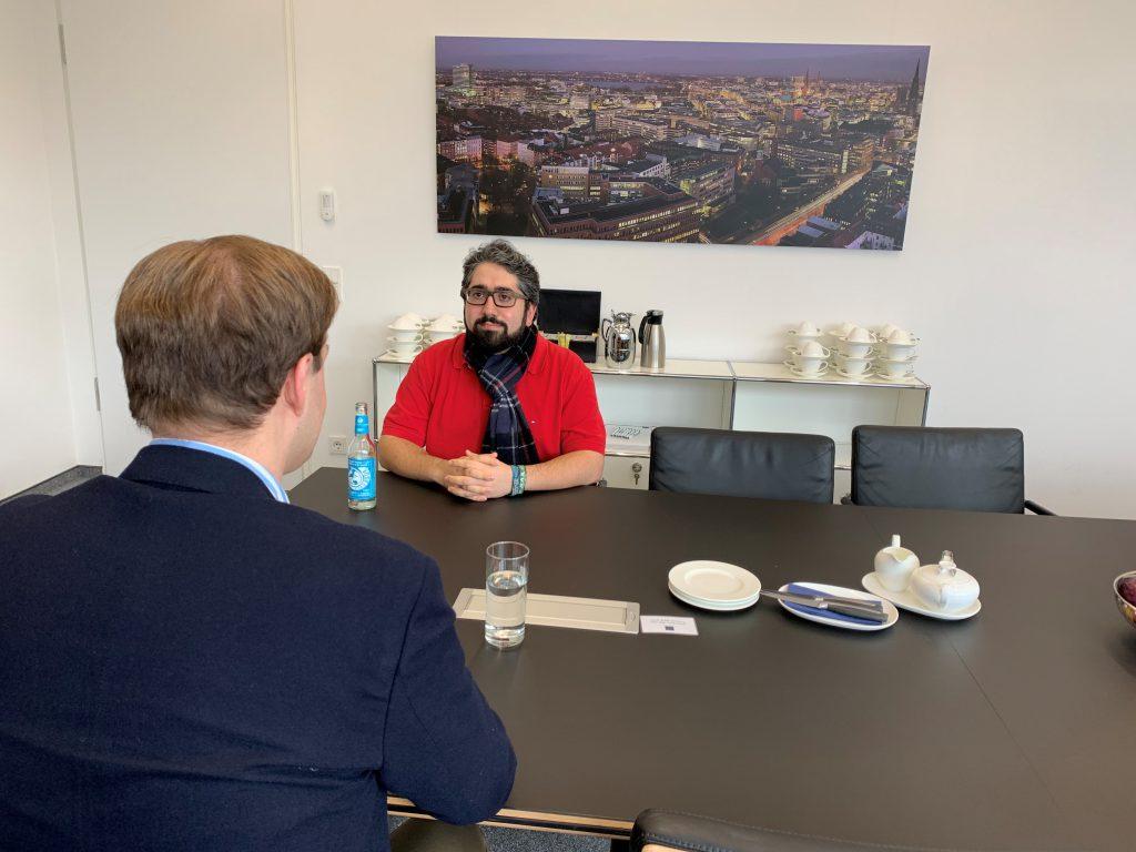 Manouchehr Shamsrizi im Gespräch mit Dr. Marco Henry Neumueller